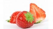 Aardbeien met kroontje en doorgesneden