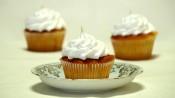 Lemoncurdcupcakes met meringue