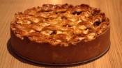 appeltaart met spijs en rozijnen