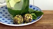 Dadelballetjes met pistache, cacao en kokos