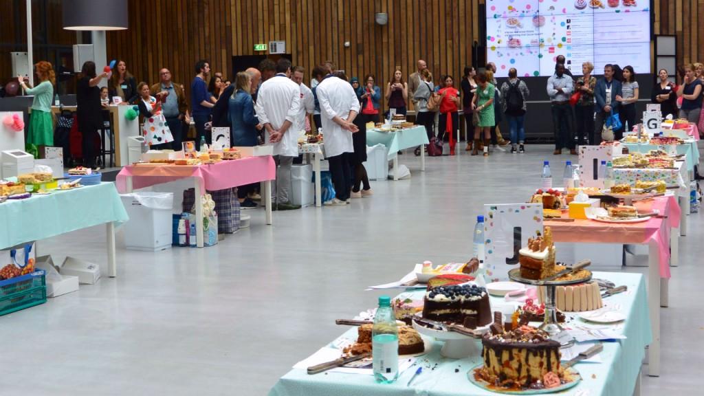 Deelnemende taarten bij de HEMA Taartenbakwedstrijd
